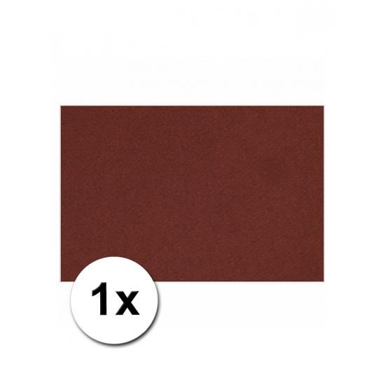 Bordeaux rood kartonnen vel A4 (bron: Feestwinkel Fun en Feest)