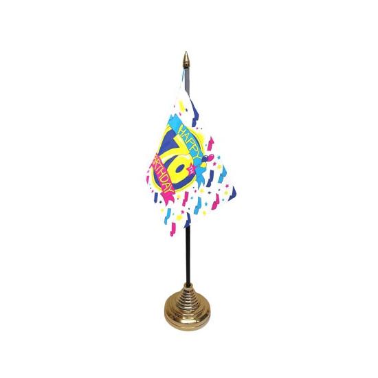 Tafelvlaggetjes Happy Birthday 70 (bron: Feestwinkel Fun en Feest)