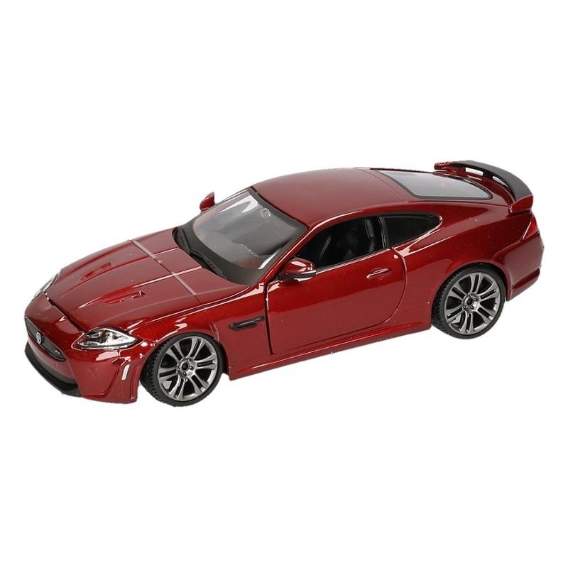 Schaalmodel Jaguar XKR-S rood 1:24