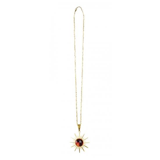 Dracula ketting met robijn en ster. gouden dracula ketting met een imitatie robijn steen en een goudkleurige ...