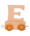 Houten lettertreintje E