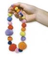 Gekleurde knutsel pompons om te rijgen 100 stuks