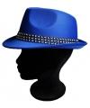 Blauw hoedje met diamantjes