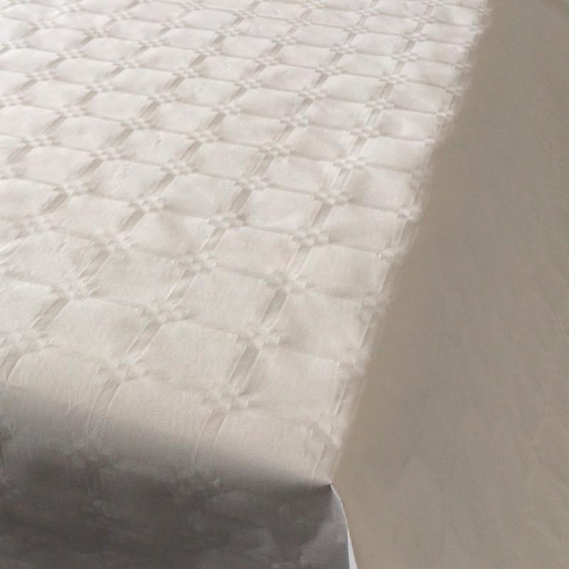 10x Witte thema versiering papieren tafelkleed 800 x 118 cm