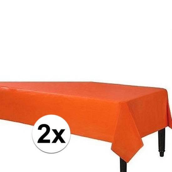 2x Oranje wegwerp tafelkleden 140 x 240 cm Oranje