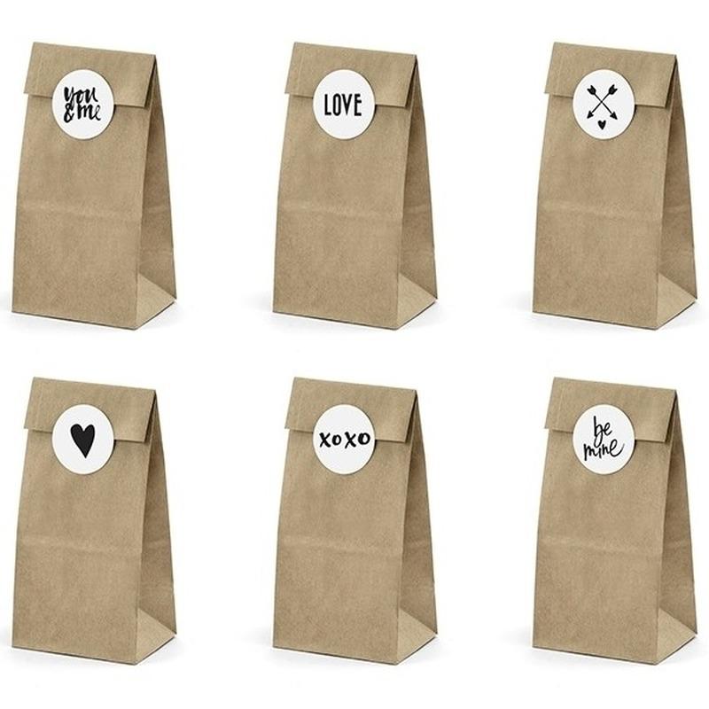 6x bruiloft papieren zakjes met stickers. pakketje van 6 papieren zakjes inclusief 6 stickers. formaat ...