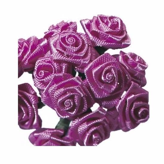 Donkerroze roosjes van satijn 12 cm
