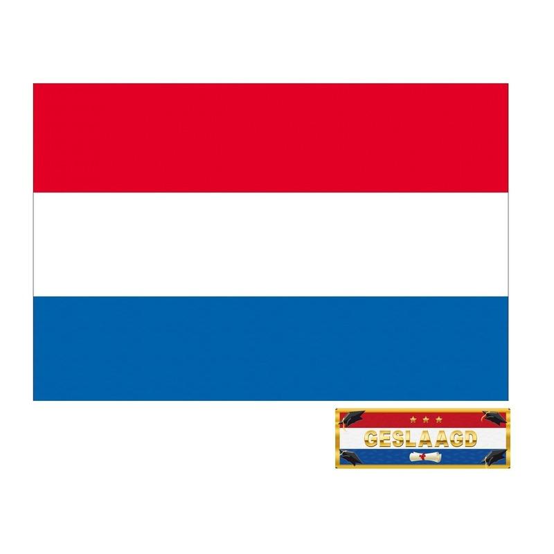 Voordelige geslaagd / afgestudeerd vlag van Nederland incl. gratis sticker